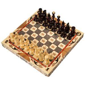 Шахматы резные средние С гербом 50 25 10